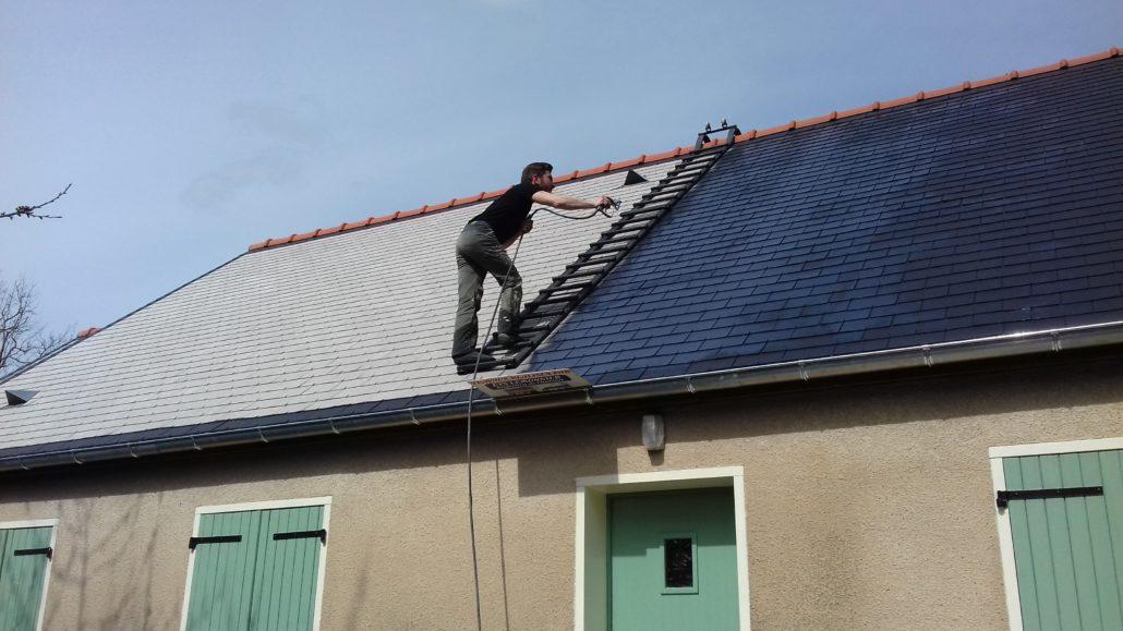 D moussage et nettoyage de toiture en loire atlantique 44 for Aide renovation toiture